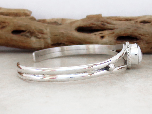 Image 2 of     Small Native American White Buffalo & Sterling Silver Bracelet - 4127sn
