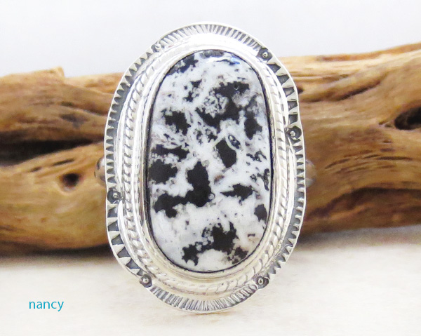 Native American White Buffalo Stone & Sterling Silver Ring Size 9 - 4831sn