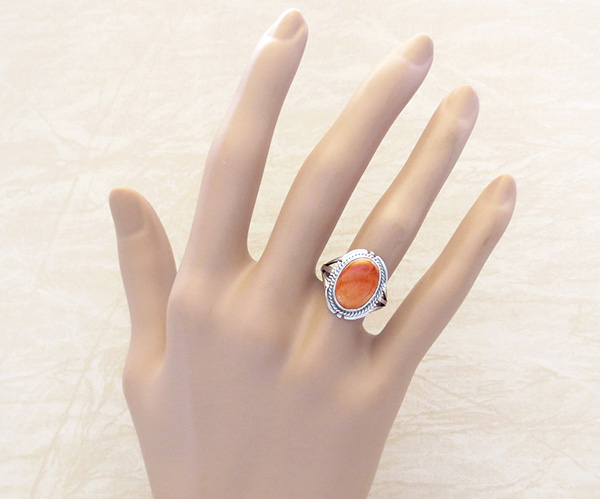 Image 4 of Orange Spiny Oyster & Sterling Silver Ring size 6.25 Native American - 4715sn