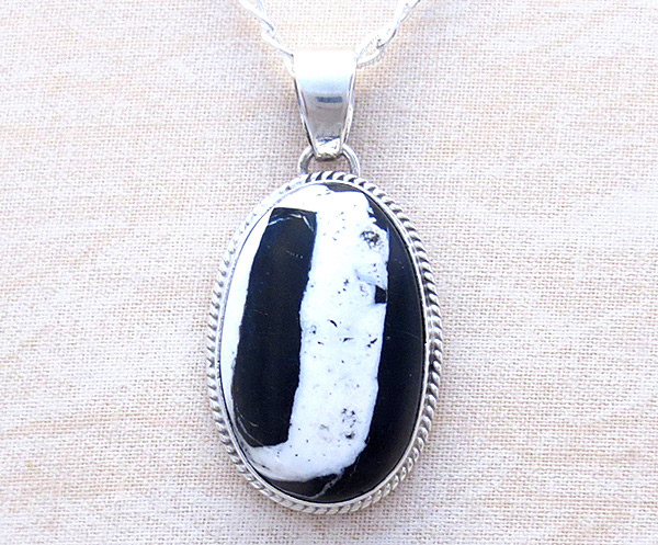Image 0 of   Native American White Buffalo Stone & Sterling Silver Pendant - 4279sn