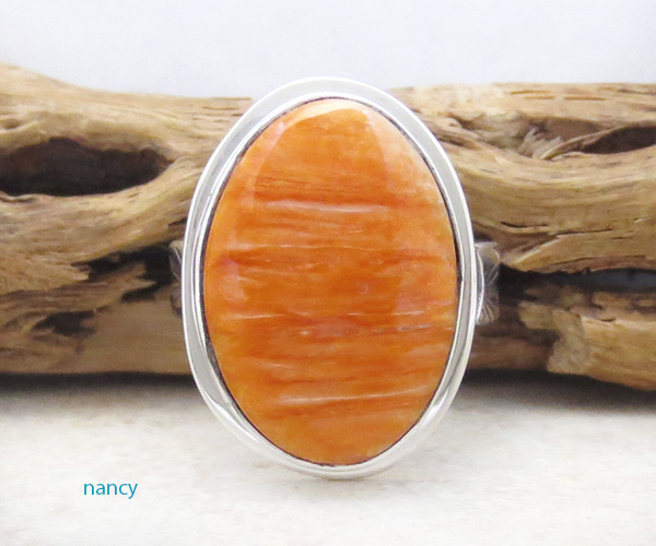 Image 0 of   Native American Orange Spiny Oyster & Sterling Silver Ring Size 9 - 4280sn
