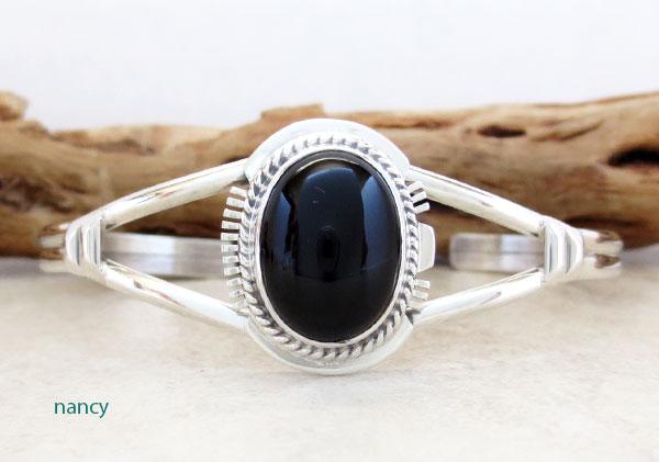 Onyx Gemstone & Sterling Silver Bracelet Native American Made - 4839sn