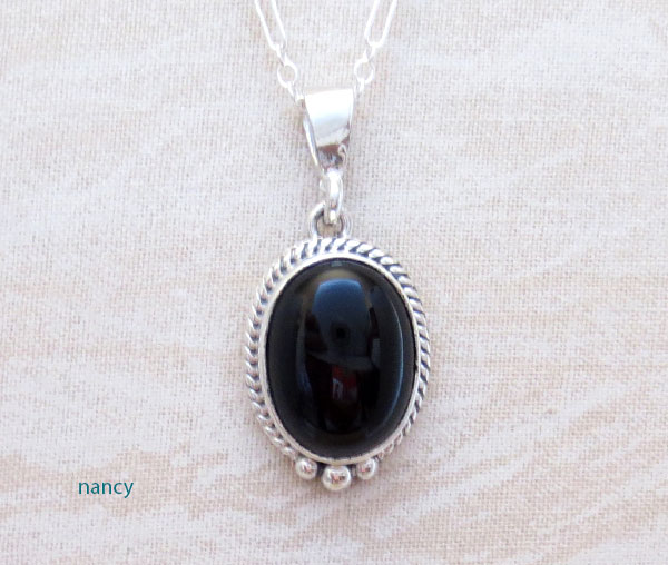 Small Black Onyx & Sterling Silver Pendant w/Chain Native American - 4537sn
