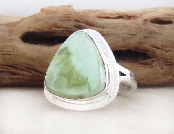 Image 3 of  Green Turquoise & Sterling Silver Ring Size 6 Navajo Jewelry- 2137sn