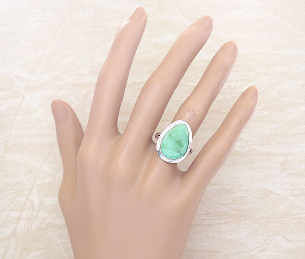 Image 1 of Green Turquoise & Sterling Silver Ring Size 7 Navajo Made - 1609sn