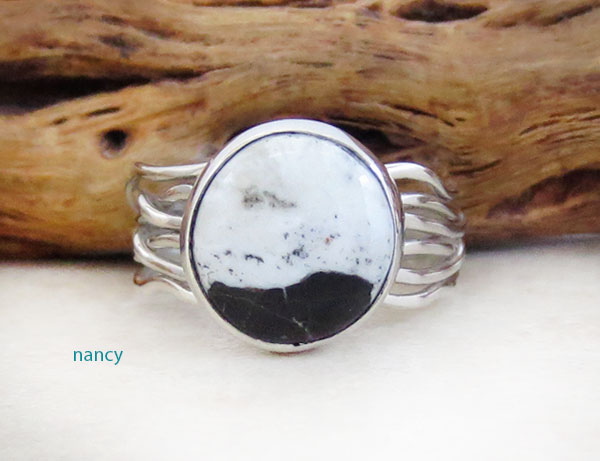 Native American White Buffalo Stone & Sterling Silver Ring Size 8.25 - 4573sn