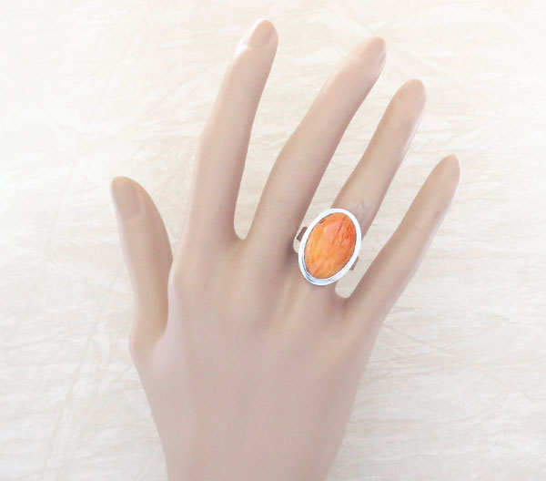 Image 0 of    Native American Orange Spiny Oyster & Sterling Silver Ring Size 7 - 2129sn