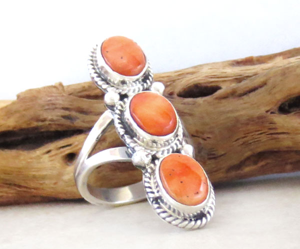 Image 3 of     Orange Spiny Oyster & Sterling Silver Size 7 Native American - 4580sn