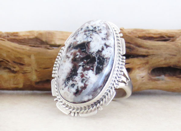 Image 3 of Native American Jewelry White Buffalo Stone & Sterling Silver Ring Sz 9 - 4641sn