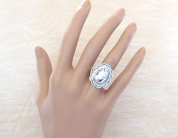 Image 1 of   Navajo Jewelry White Buffalo Stone & Sterling Silver Ring Sz 8 - 2525sn
