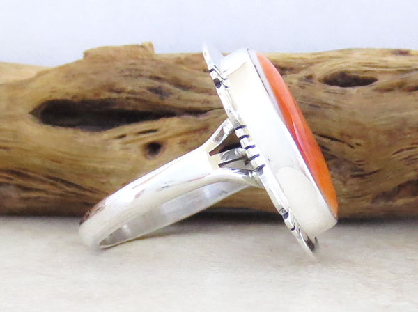Image 2 of Native American Jewelry Spiny Oyster & Sterling Silver Ring Size 9 - 1629sn