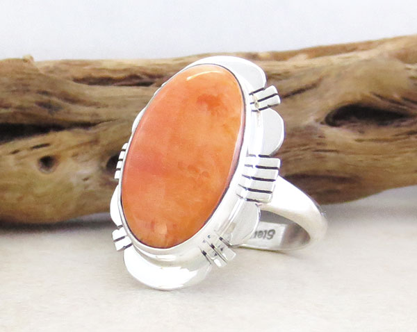 Image 3 of Native American Jewelry Spiny Oyster & Sterling Silver Ring Size 9 - 1629sn