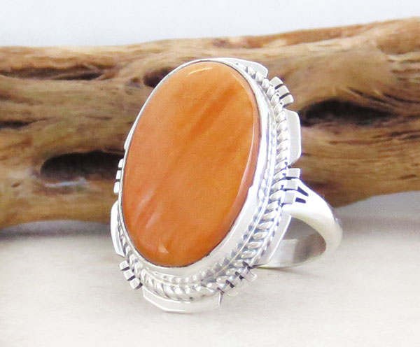 Image 3 of    Native American Jewelry Spiny Oyster & Sterling Silver Ring Size 7 - 1650sn
