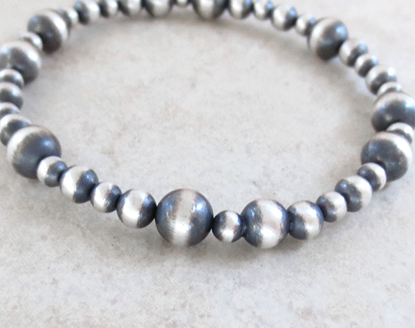 Image 2 of Stretchy Sterling Silver Bead Bracelet Native American Jewelry - 3495sn