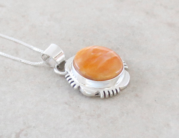 Image 2 of    Small Spiny Oyster & Sterling Silver Pendant Native American Jewelry - 4956at