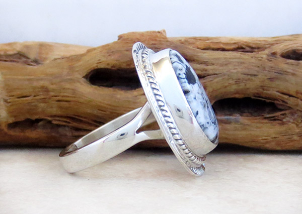 Image 2 of Navajo Jewelry White Buffalo Stone & Sterling Silver Ring Sz 6 - 4681sn