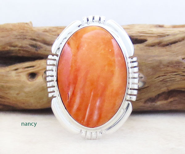 Image 0 of    Spiny Oyster & Sterling Silver Ring Sz 9 Native American Jewelry - 2886at