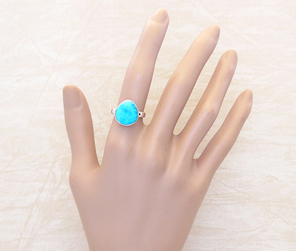 Image 1 of   Small Turquoise & Sterling Silver Ring Size 6 Native American Jewelry - 1925sn