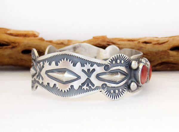 Image 2 of Spiny Oyster Sterling Silver Bracelet Native American Jewelry - 1306sn