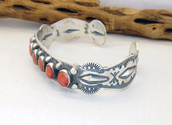 Image 3 of Spiny Oyster Sterling Silver Bracelet Native American Jewelry - 1306sn