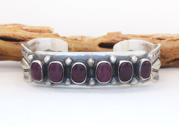Image 0 of Spiny Oyster Sterling Silver Bracelet Native American Jewelry - 1459sn