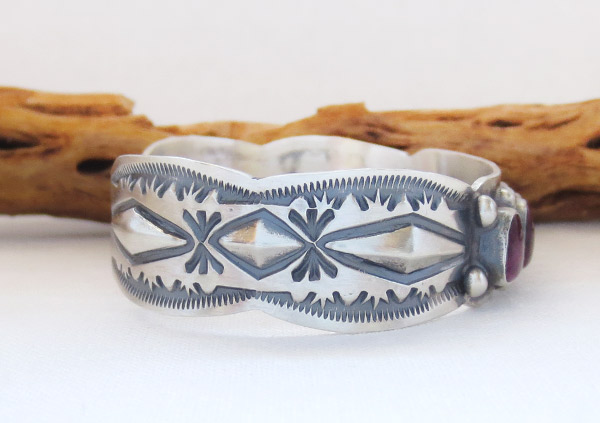 Image 2 of Spiny Oyster Sterling Silver Bracelet Native American Jewelry - 1459sn