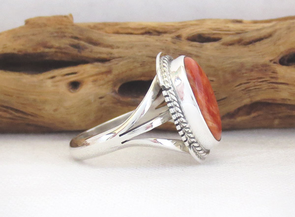 Image 2 of     Spiny Oyster & Sterling Silver Ring Sz 7.5 Native American Jewelry - 2318sn