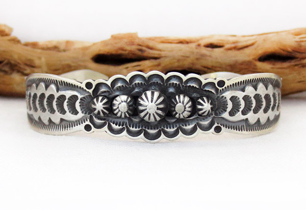 Image 1 of    Stamped Sterling Silver Bracelet Native American Jewelry - 2385sn