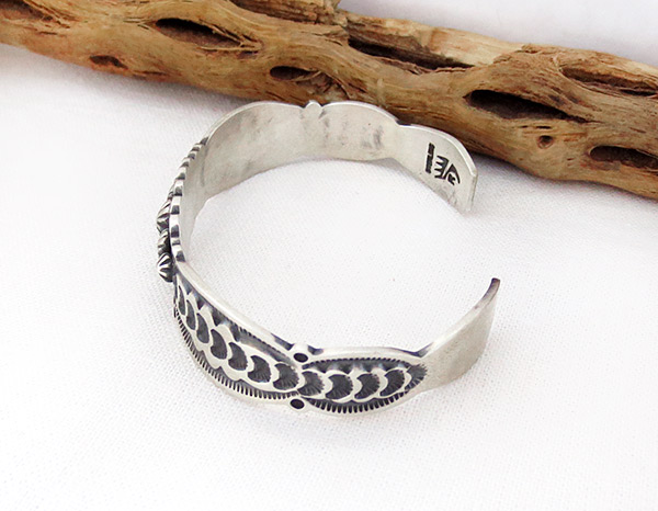 Image 3 of    Stamped Sterling Silver Bracelet Native American Jewelry - 2385sn