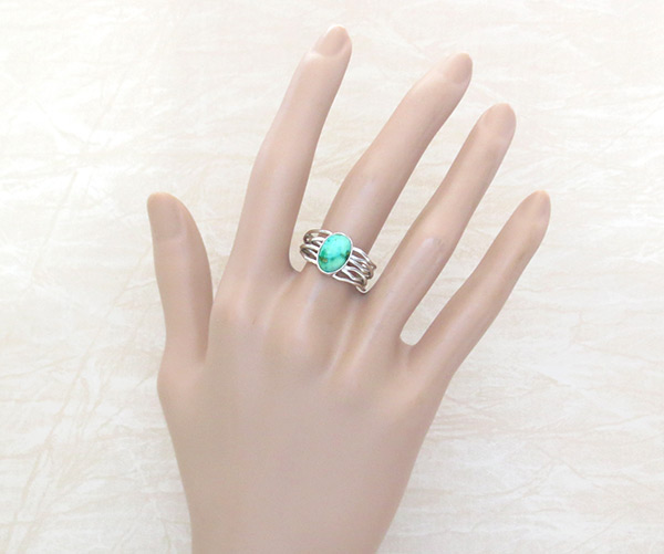 Image 1 of      Small Turquoise & Sterling Silver Ring Sz 8.25 Navajo Jewelry - 4528sn