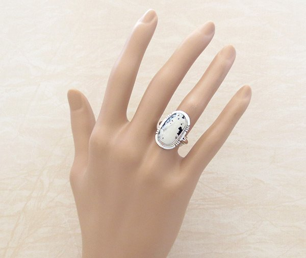 Image 1 of White Buffalo Stone & Sterling Silver Ring Sz 7 Navajo - 5091sn