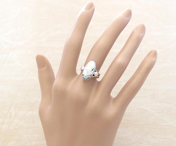 Image 1 of         White Buffalo Stone & Sterling Silver Ring Sz 6 Navajo - 5087sn