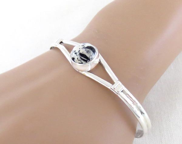 Image 1 of   White Buffalo Stone & Sterling Silver Bracelet Navajo Jewelry - 5135sn