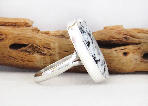 Image 2 of      White Buffalo Stone & Sterling Silver Ring Sz 9 Navajo - 5394sn