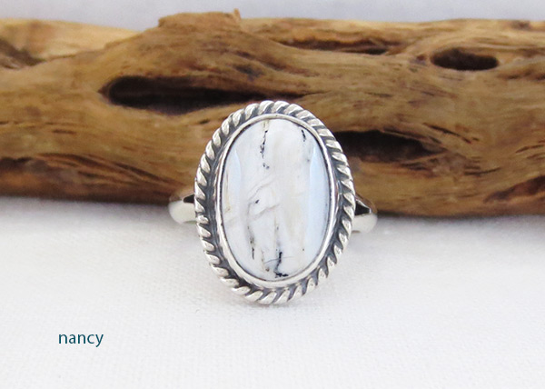 White Buffalo Stone & Sterling Silver Ring Sz 6 Navajo Jewelry - 5138sn