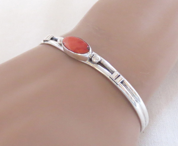 Red Spiny Oyster & Sterling Silver Bracelet Navajo Jewelry - 2046sn