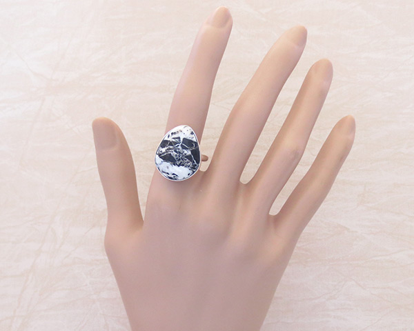 Image 1 of White Buffalo Stone & Sterling Silver Ring Sz 9 Navajo Jewelry - 2058sn