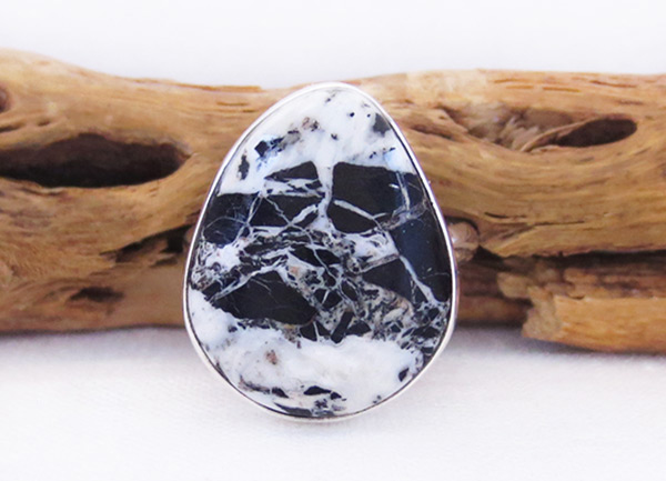 White Buffalo Stone & Sterling Silver Ring Sz 9 Navajo Jewelry - 2058sn