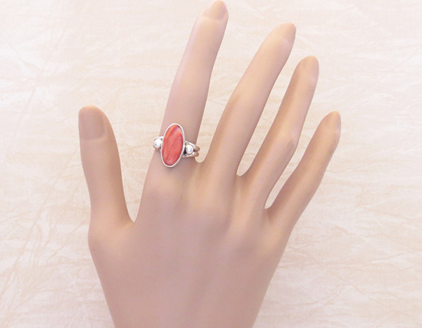 Image 1 of   Red Spiny Oyster & Sterling Silver Ring Sz 6.75 Navajo Jewelry - 3228sn