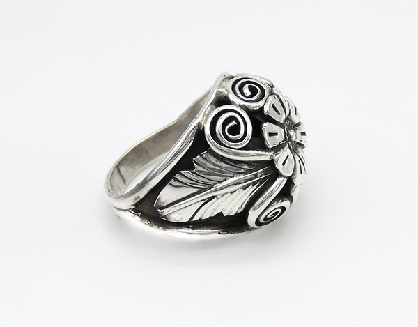 Image 1 of        Sterling Silver Flower Ring Sz 10 Native American Jewelry - 6352rio
