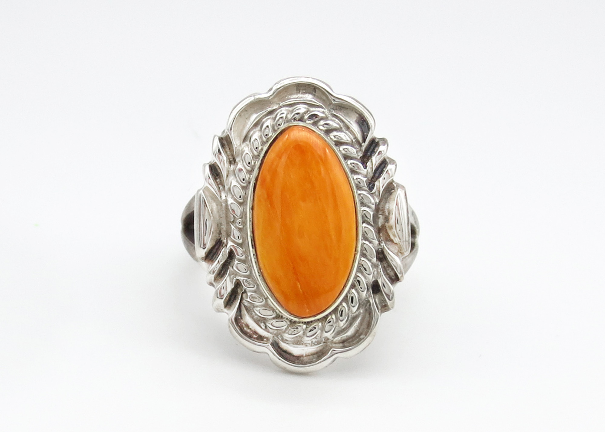 Image 0 of    Orange Spiny Oyster & Sterling Silver Ring Sz 7 Navajo Jewelry - 3946rio