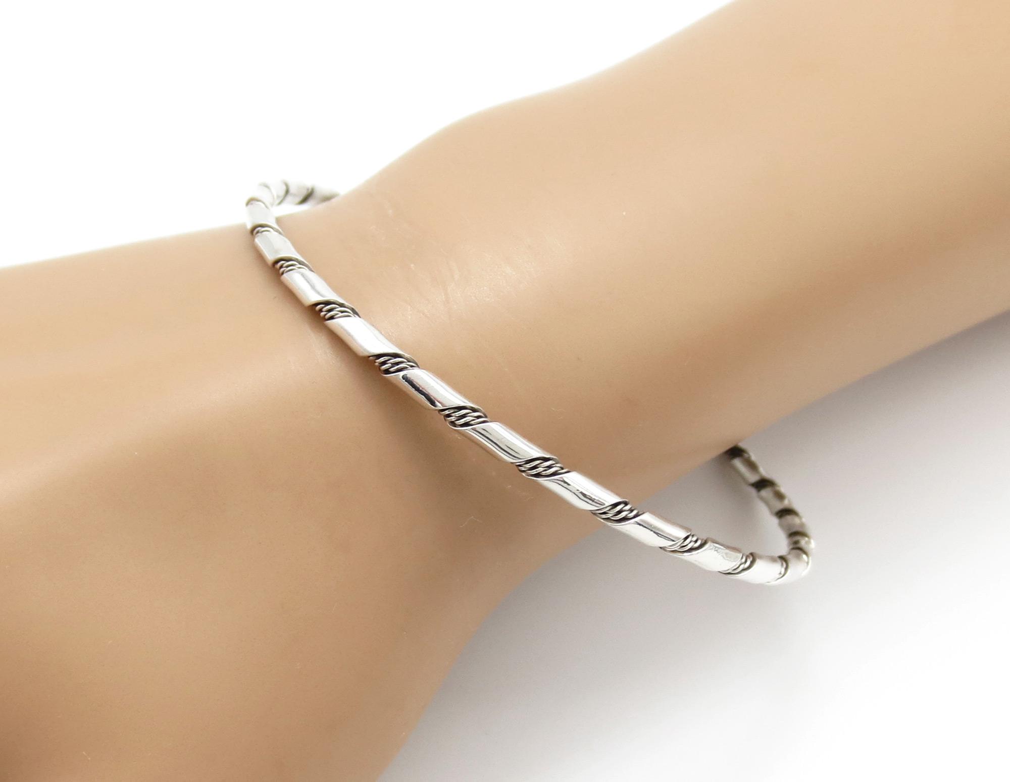 Sterling Silver Bangle Bracelet Native American Jewelry - 3945rb