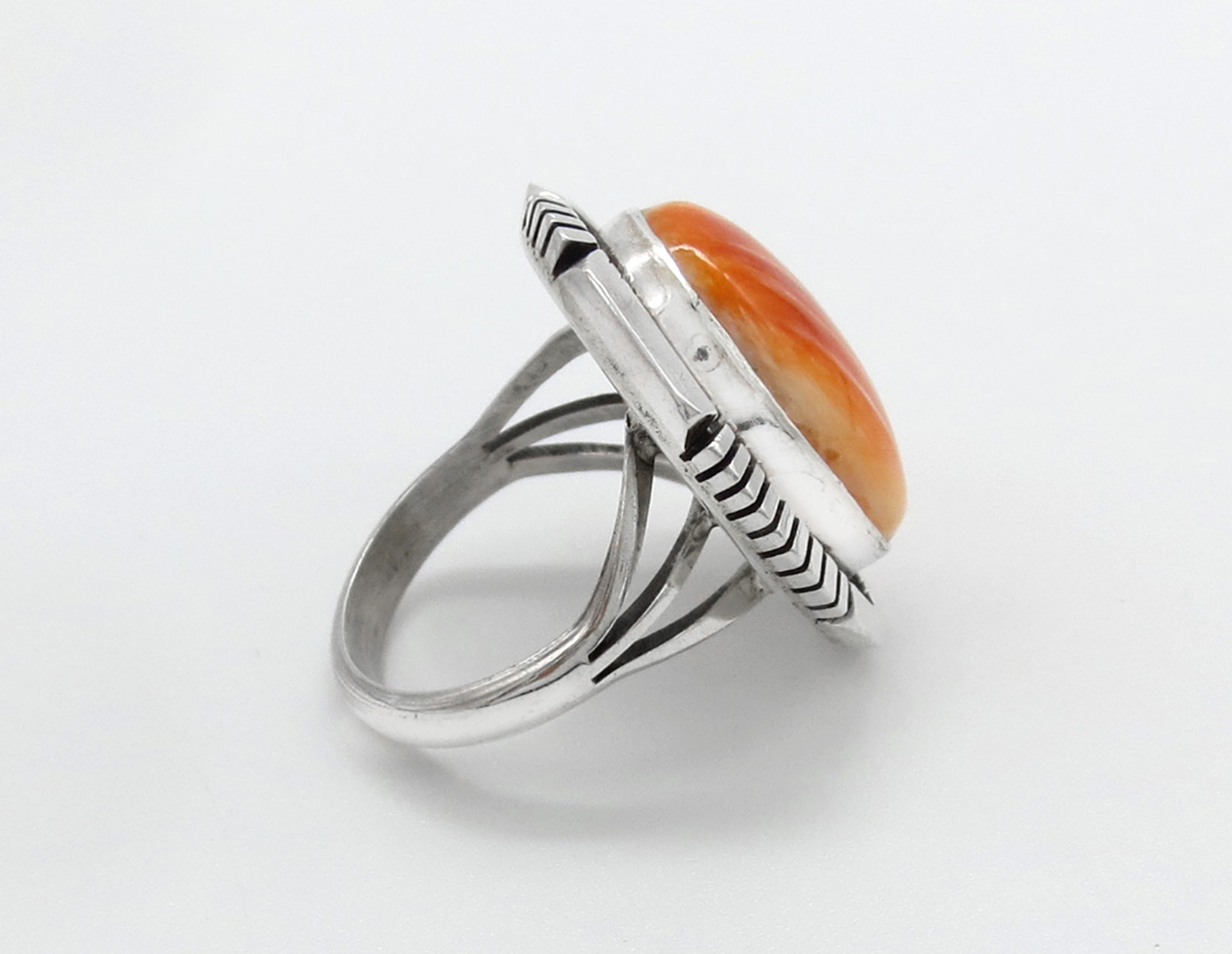 Image 1 of       Orange Spiny Oyster & Sterling Silver Ring Sz 7.5 Navajo Jewelry - 3869dt