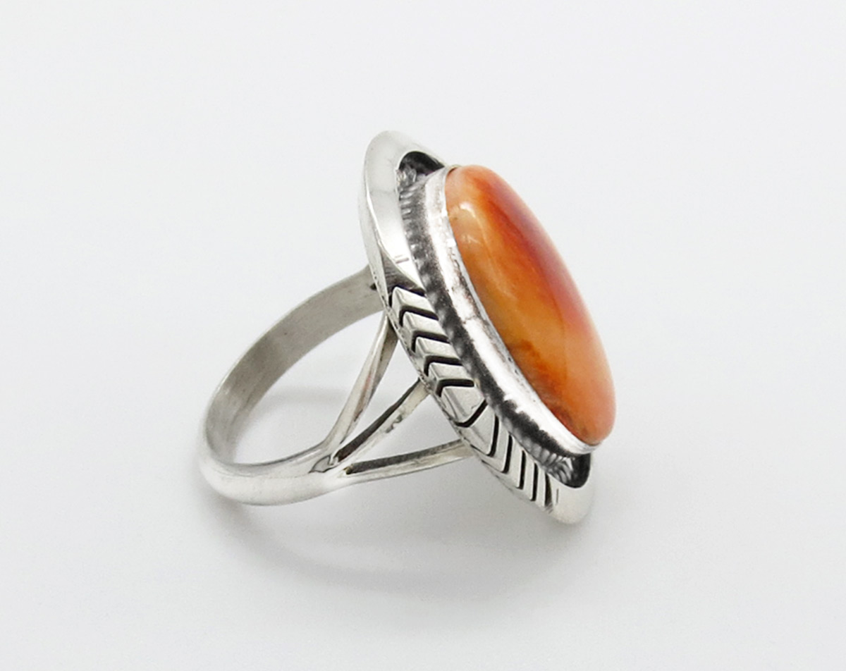 Image 1 of    Orange Spiny Oyster & Sterling Silver Ring Sz 8 Navajo Jewelry - 6381dt