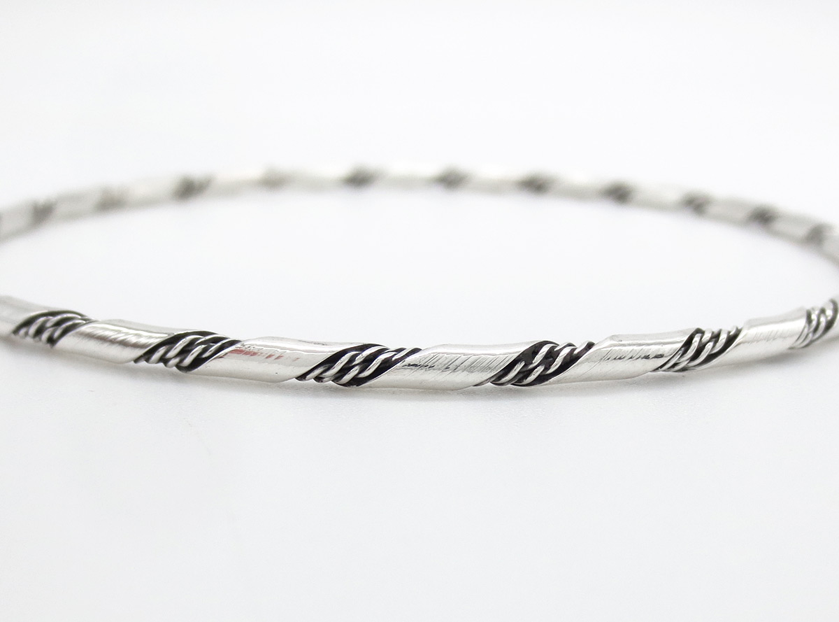 Image 2 of   Sterling Silver Bangle Bracelet Native American Jewelry - 6147rb