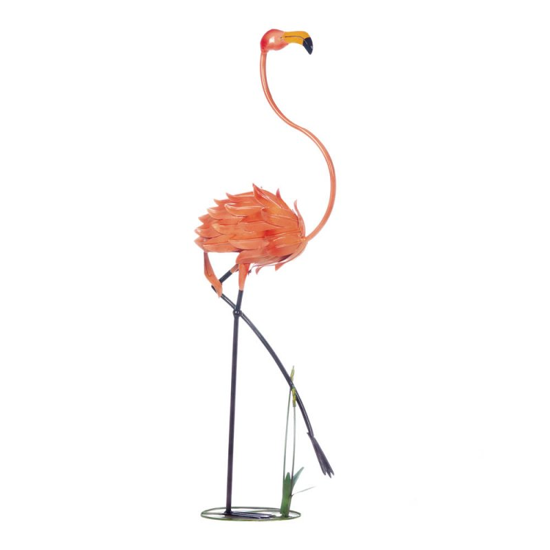 Fabulous flamingo decor