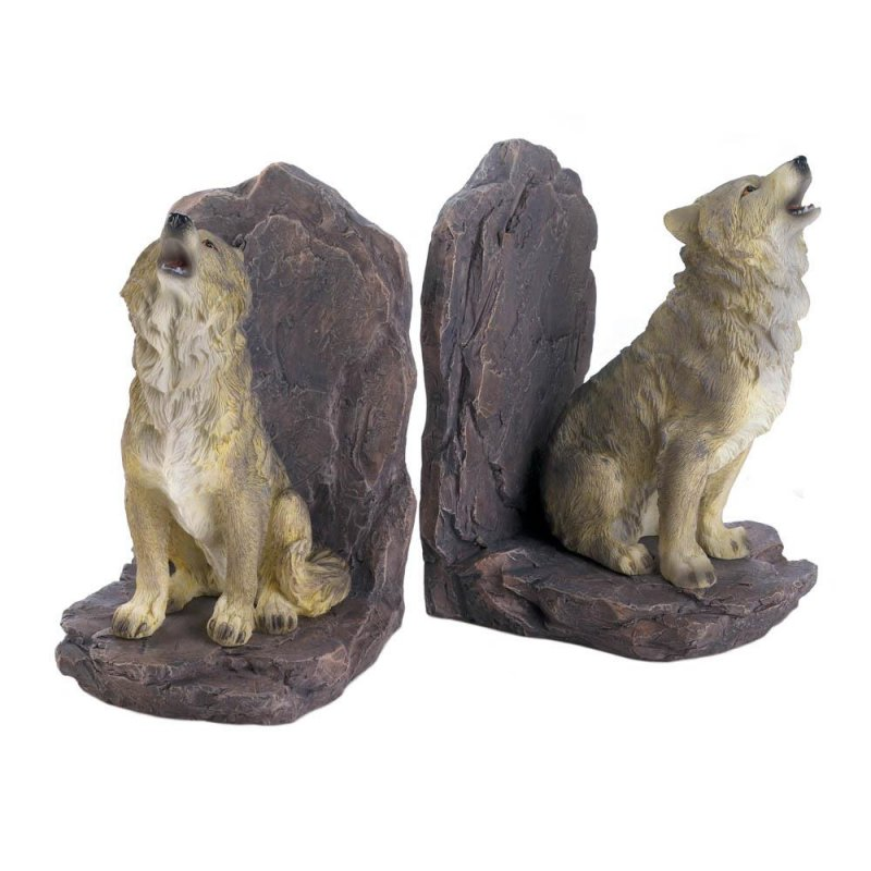 Image 1 of Finely Detailed Howling Wolf Bookends