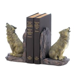 Finely Detailed Howling Wolf Bookends