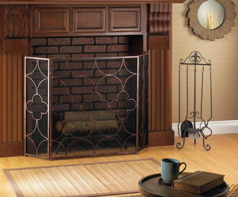 Image 0 of Three Panel Design Clover, Diamond and Half Circle Fireplace Screen