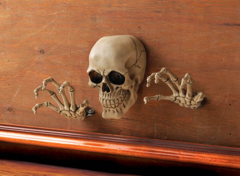 Image 0 of 3-Piece Skull & Skeleton Hands Wall Decor with 3D Effect